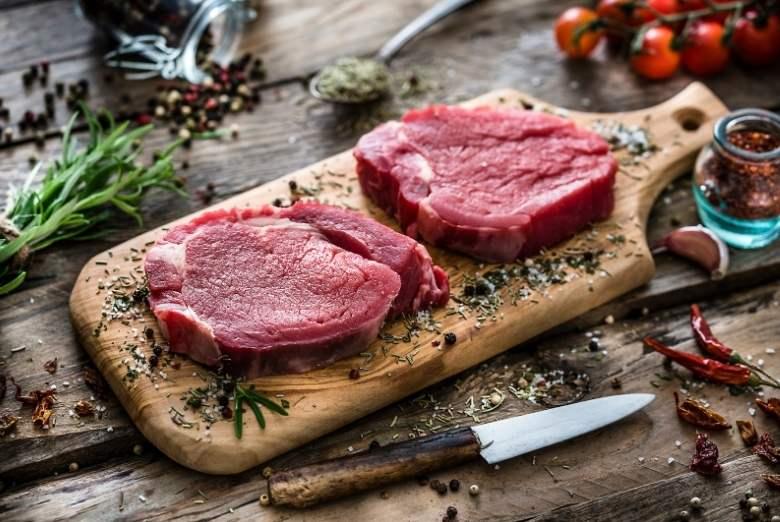 Zwei Scheiben Fleisch