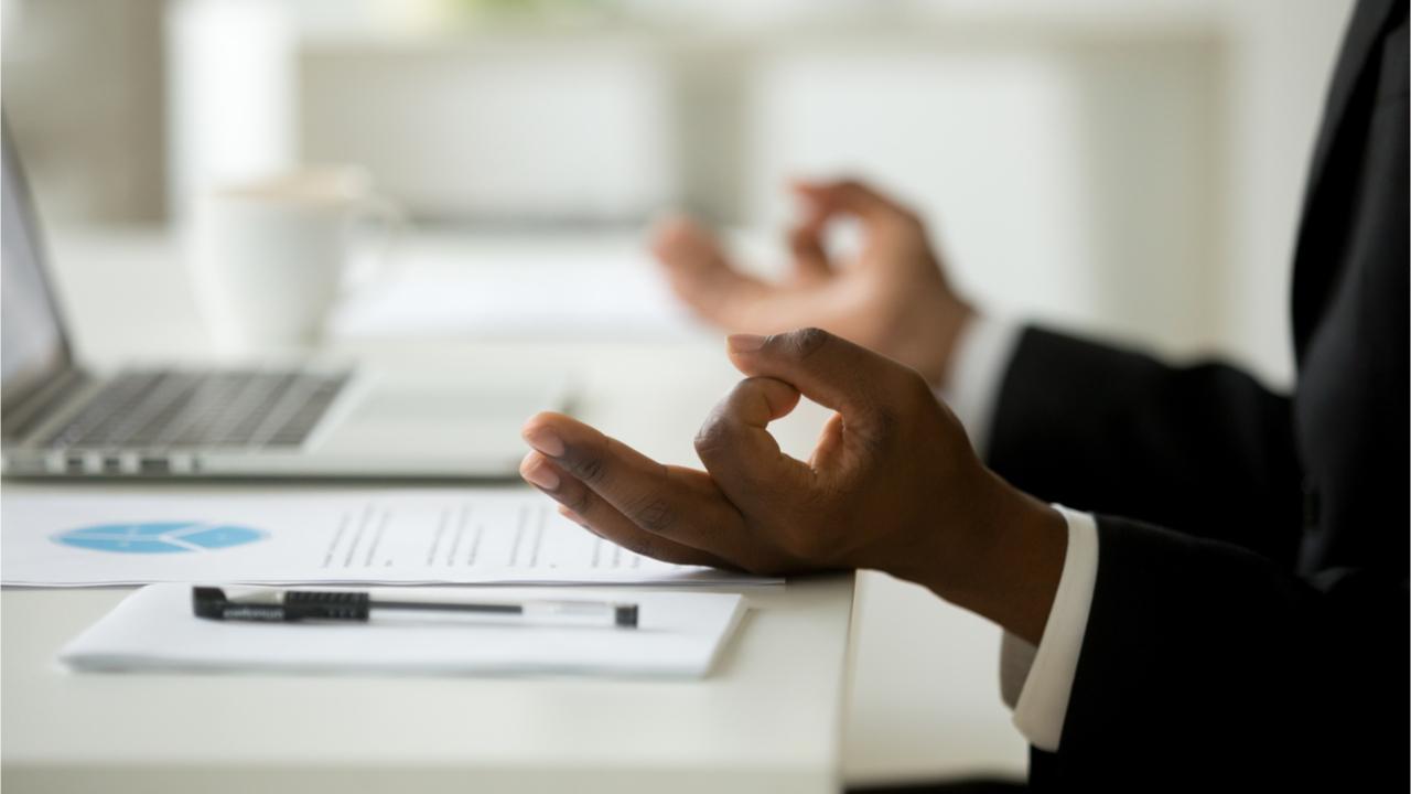 Auch am Arbeitsplatz sollte darauf geachtet werden, unnötigen Stress zu vermeiden.