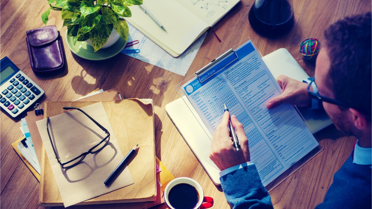 Um als Freiberufler oder Selbstständiger Verdienstausfälle auffangen zu können, sind personenbezogene Versicherungen dringend zu empfehlen.