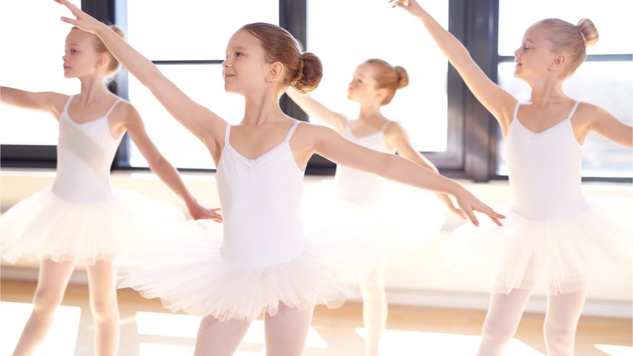 Tanzvereine können die Motorik im frühen Kindesalter fördern.