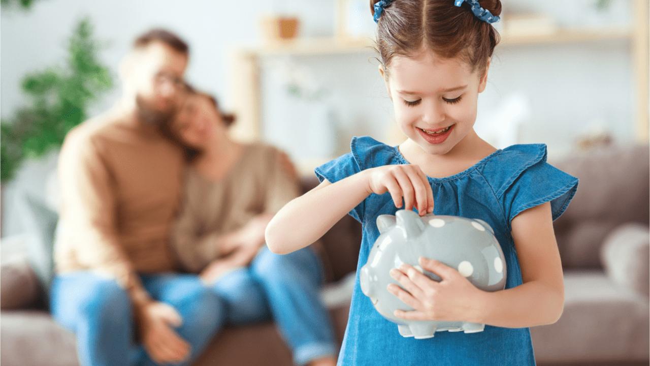 Es gibt keinen Rechtsanpruch auf Taschengeld. Jede Familie entscheidet selbst, ob und wie viel Taschengeld die Kinder bekommen sollen.