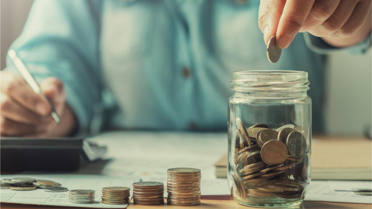 Um sich im Alter finanziell abzusichern, sollte man früh anfangen zu sparen.